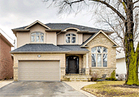 76 Laurel Ave Etobicoke